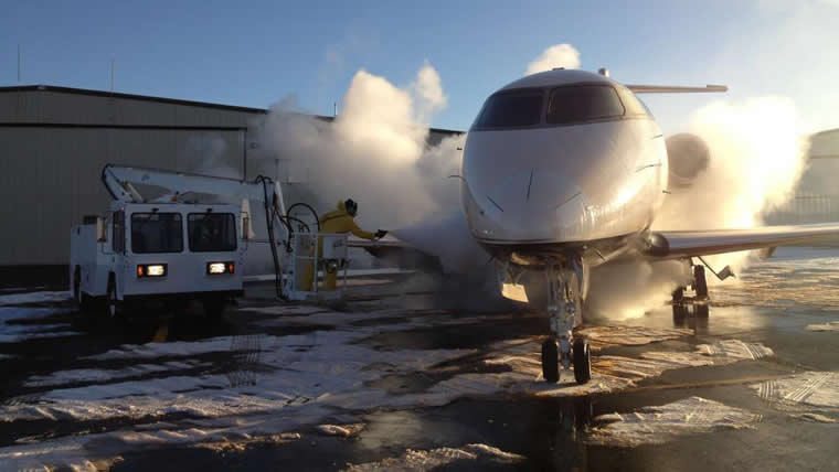 De-Icing at OK3 AIR
